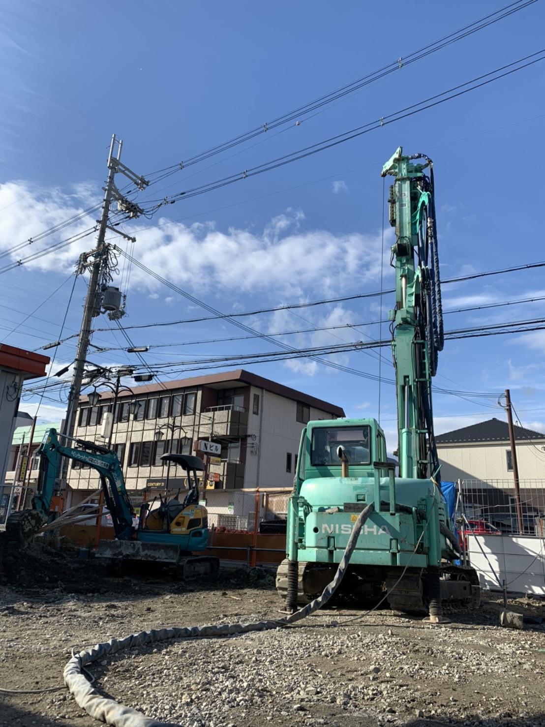 滋賀県大型薬局、地盤改良工事