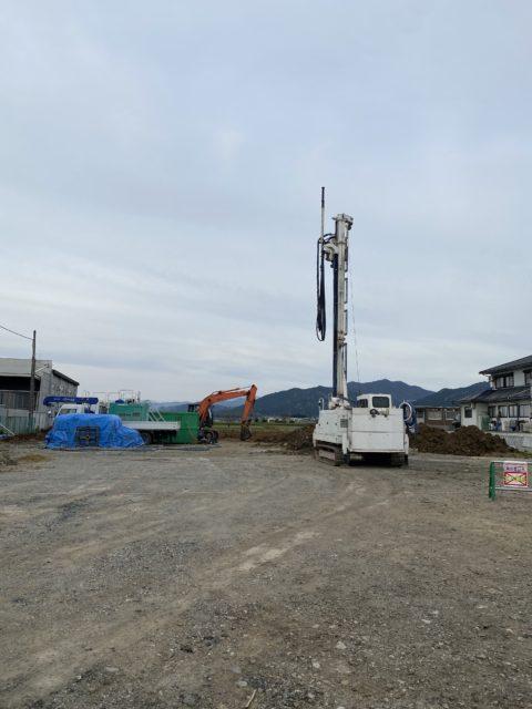 東近江市某所にてφ1.100mm SSコラム