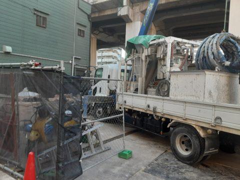 大阪市浪速区の某連続壁土留め工事現場